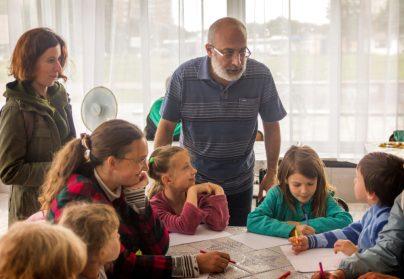 Карен Арутюнянц с детьми.