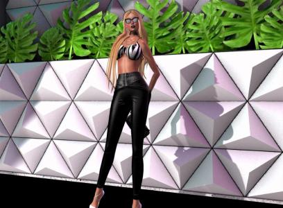 "Beautiful Leather Outfit: ""Arelise Bra"" & Daiquiri Tight Pants"""