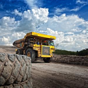 Stone Crusher Truck