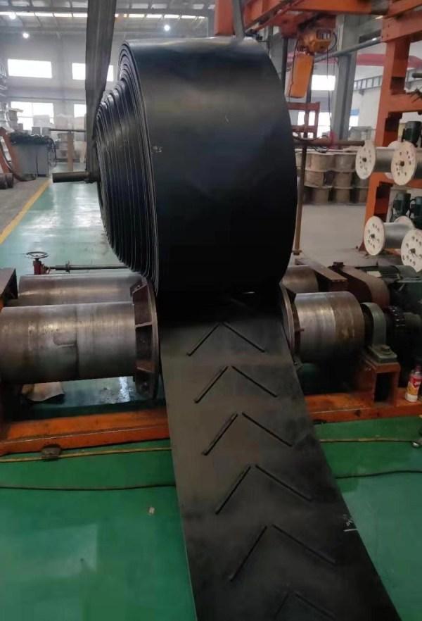 V Cleated Chevron Conveyor Belts 4