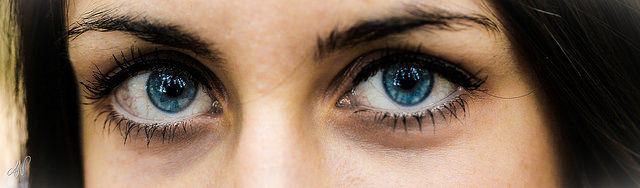 """7/365 - Blue eyes"" by Axel Naud is licensed under CC BY 2.0"