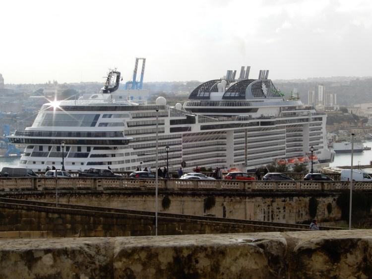 Malta Valletta cherrylsblog.com cruise ships DSCN0888