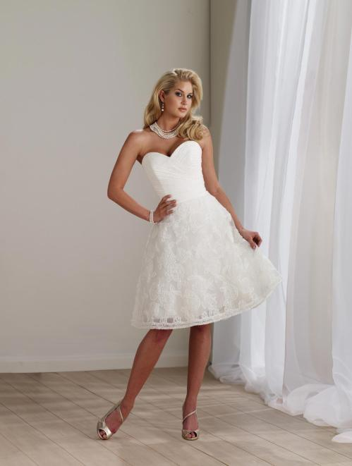 short lace wedding dress with sweetheart neckline
