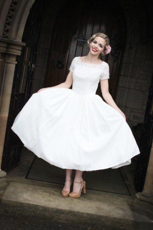 Exotic Vintage Wedding Dresses 1950 | Cherry Marry