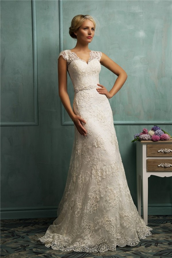 a line fitted lace wedding dress with sleeves