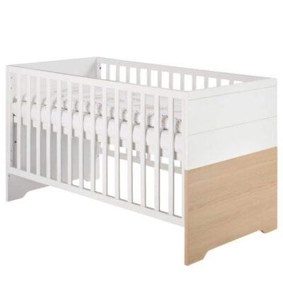 Neugeborenes Fernseher Im Schlafzimmer