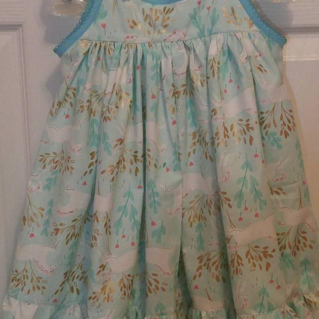 A newlondondress byvioletfieldthreads! For my granddaughter Violet! sarahjanefabric!