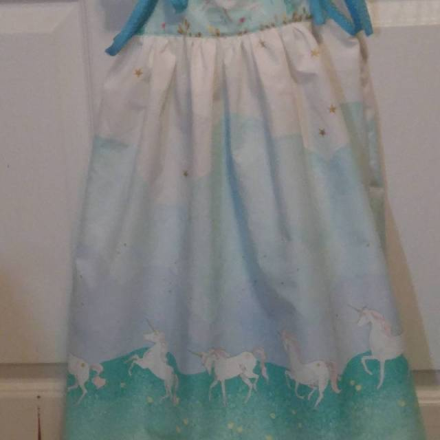 Cute londondress number three made for my granddaughter Aderyn!
