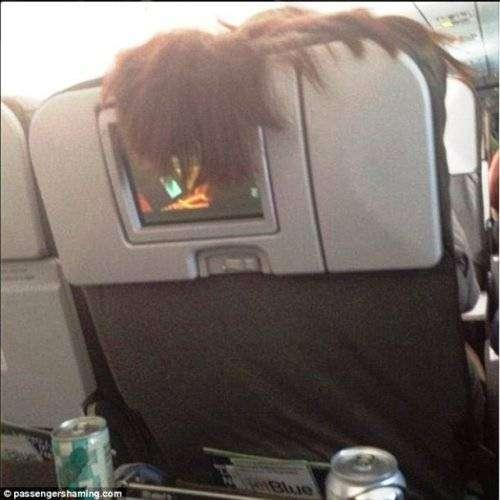 Авиапассажиры, которые отбивают желание летать (24 фото)