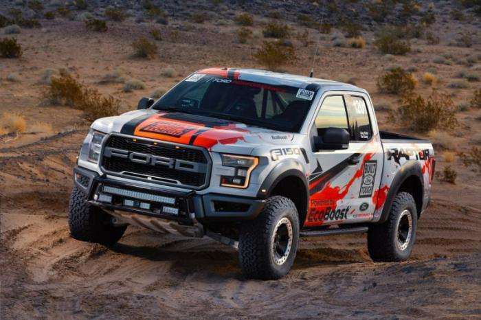 Новый Ford F-150 Raptor пройдет испытание пустыней (13 фото)