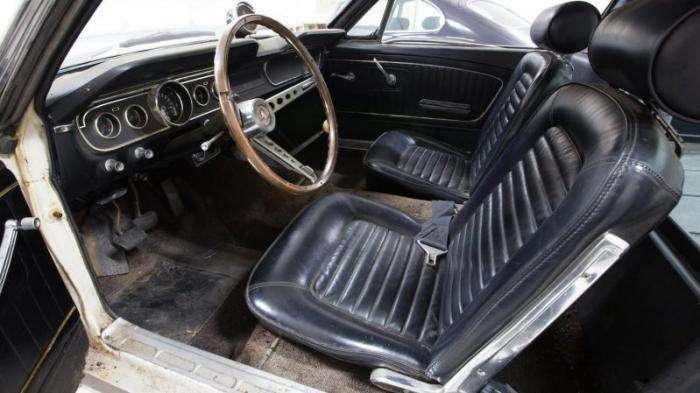 Ford Mustang Shelby GT350 на продажу после 40 лет простоя (10 фото)
