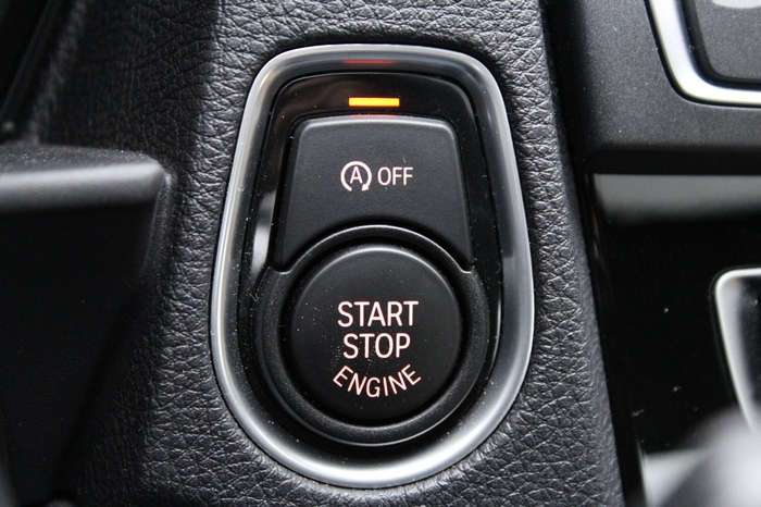 2017 BMW M240i — турбированное купе для тех, кто предпочитает экономить