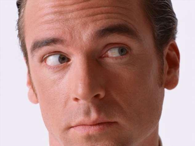 Взгляд в никуда: почему люди избегают смотреть в глаза собеседнику при разговоре? (5 фото) | Lifestyle | Селдон Новости