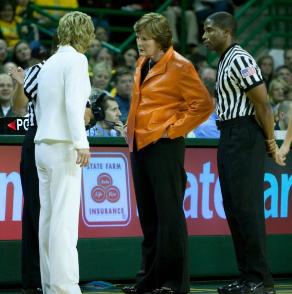 Dec. 14, 2010 (Waco, Texas) -- Kim Mulkey and Pat Summitt. Photo © Cheryl Vorhis, all rights reserved.