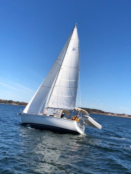 See Hexe with Skipper Steve Byrd and Crew Thanksgiving weekend on the Rappahannock