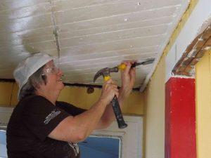 Virginia removing corner molding