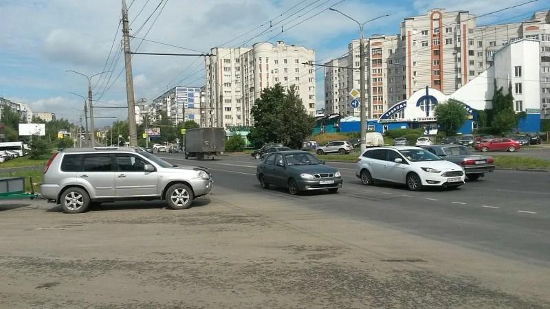 Светофоры на Дуброве и проспекте Ленина установят к 20 октября
