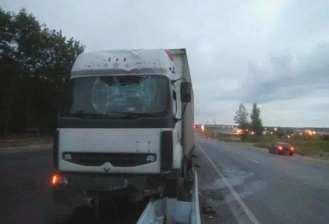 Водителя, врезавшегося в барьер на Пекинке, оправдали со второй попытки