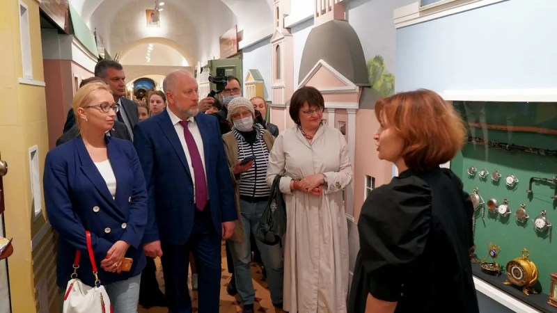 На ночь музеев Рыбаков и Мельникова открыли в Палатах новую экспозицию