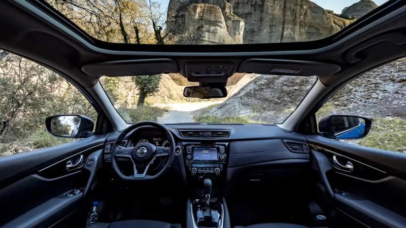 Закупка Nissan Qashqai за 2 млн рублей для ведомства Белого дома не состоялась