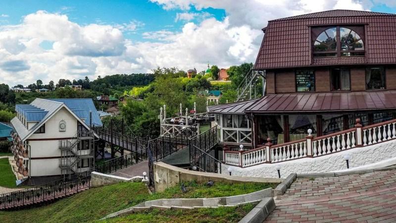 Владельцев гостиницы «Панорама» штрафовали более 60 раз