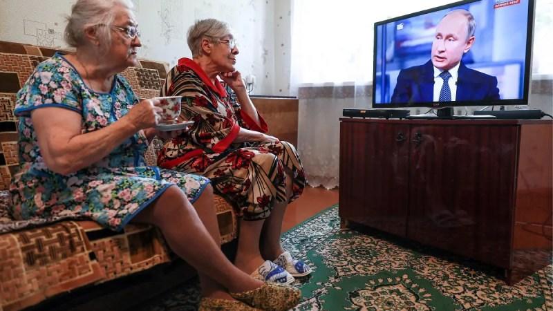 Сипягин запретил пенсионерам старше 65 лет выходить из дома