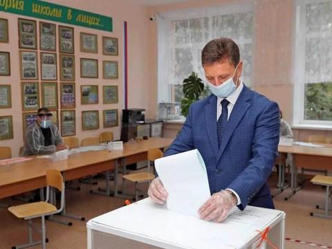 Жириновский: губернатор Сипягин доработает до конца срока