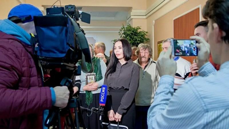 Депутата Татьяну Гусеву не лишили мандата благодаря Авдееву