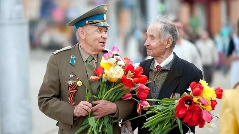 Белый дом деньгами отблагодарит ветеранов к юбилею Победы