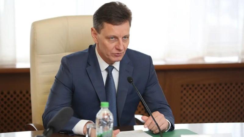 Сипягин будет согласовывать с правительством директоров двух департаментов