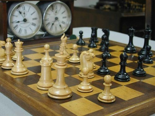 Jaques Library Size Zukertort Chessmen