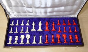 Reproduction Calvert Floral Top Chess Pieces