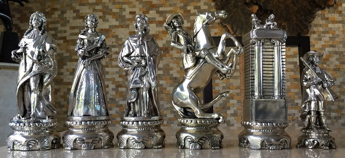 Very Nigri Silver Plated Renaissance Chess Pieces - www.chessantiques.com FR04