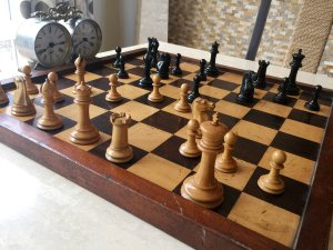 Jaques Steinitz Chess Set, Small Club Size