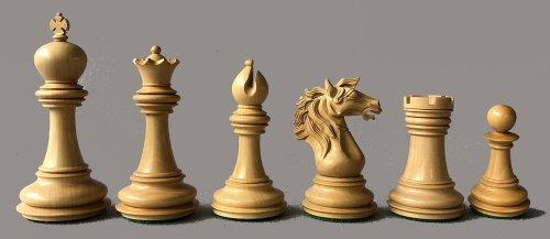 Camelot Staunton Chessmen