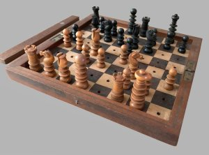 Hezekiah Dixon Saint George Travel Chess Set
