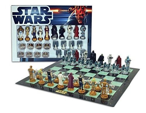 Star Wars Chess Set / Chess Game Board with Star Wars Figurines Chess Pieces (Game Board Size 17 x 17) by United Labels