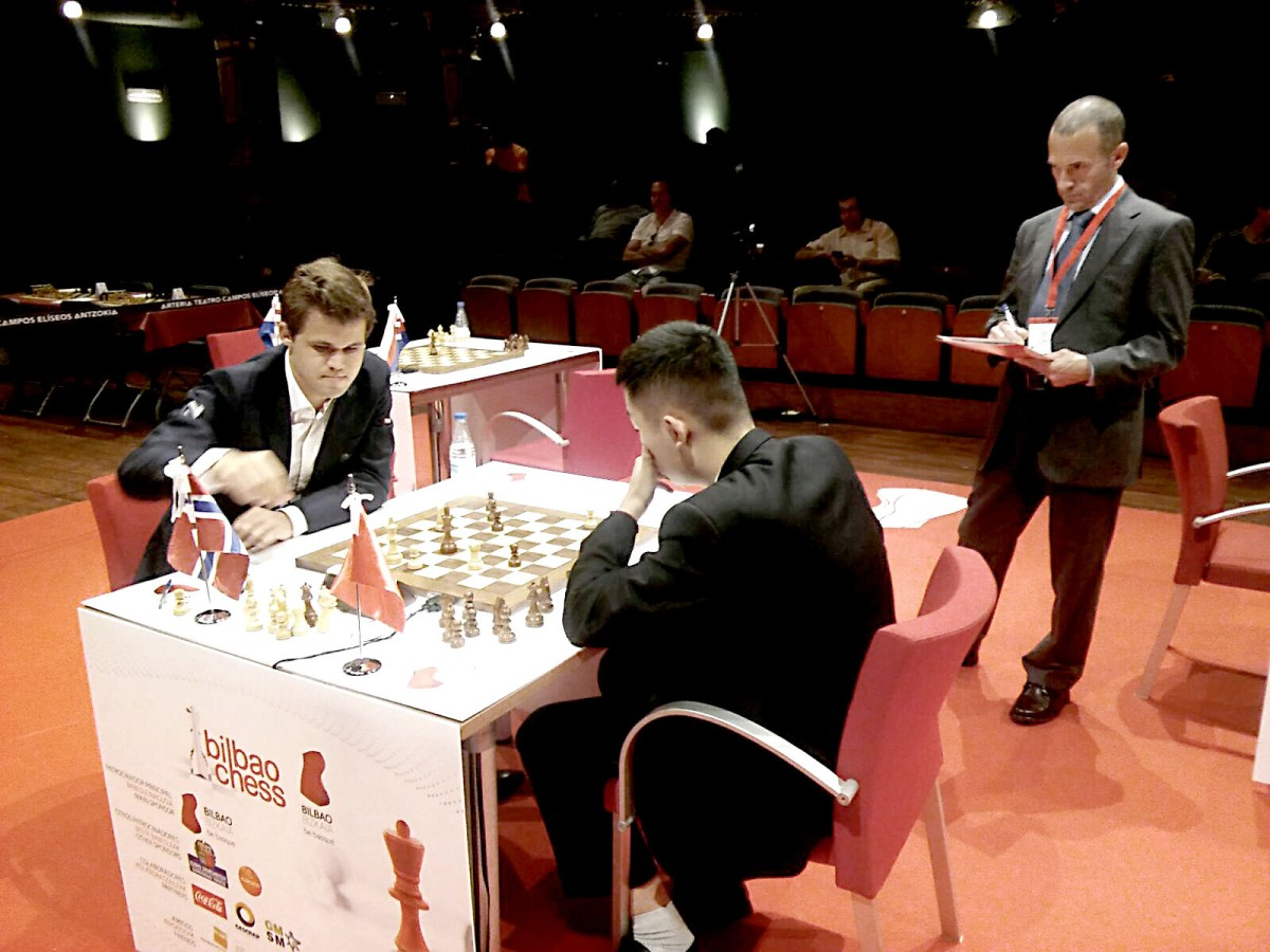 Carlsen recovers with a win against Wei Yi, Round 2 Bilbao Masters Final 2016