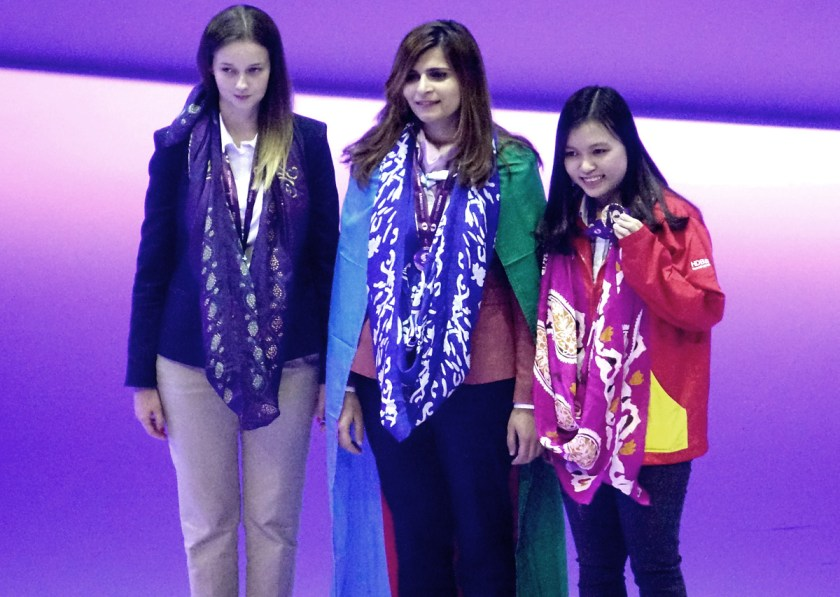 board-3-medalists-women