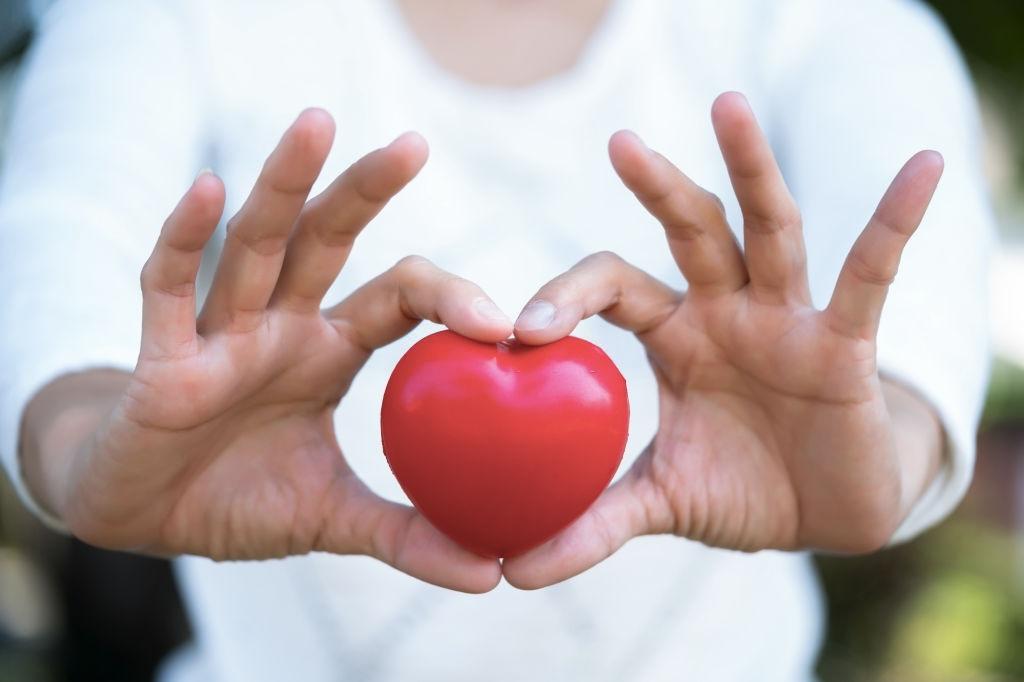 Americans' Cholesterol Levels Keep Falling