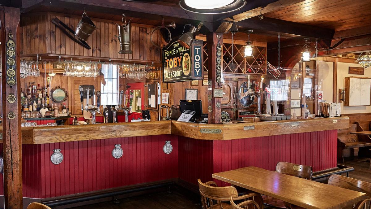 The Fo'c'sle Pub
