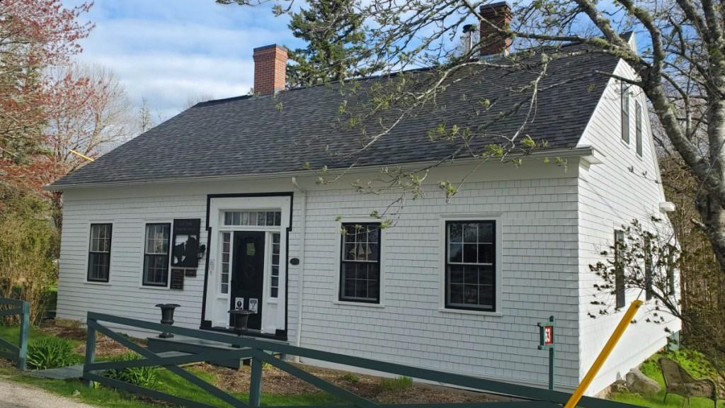 Zoe Valley Library