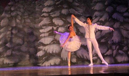 Lauren Leader as Snow Queen