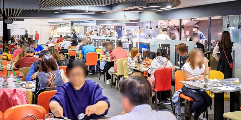 台中自助百匯吃到飽,上百道中式、法式與日式料理好澎派,還有限定咖哩龍蝦請你吃!