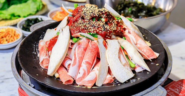 KIM DADDY韓國燒肉新開幕!大份量燒肉鋤鐵鍋料多實在,還有少見的韓國炒飯~