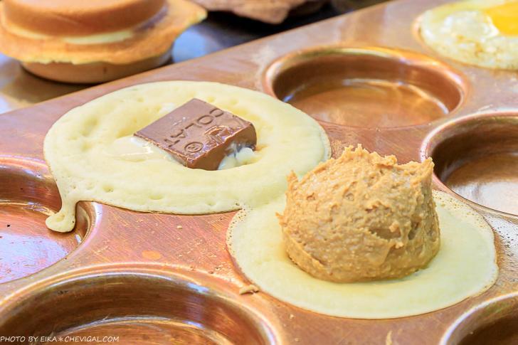 20201019200954 9 - 熱血採訪│這是車輪餅,多達40種口味鹹甜通通有!起司蛋口味就像迷你滿福堡,還有可可布朗尼奶油車輪餅螞蟻控最愛