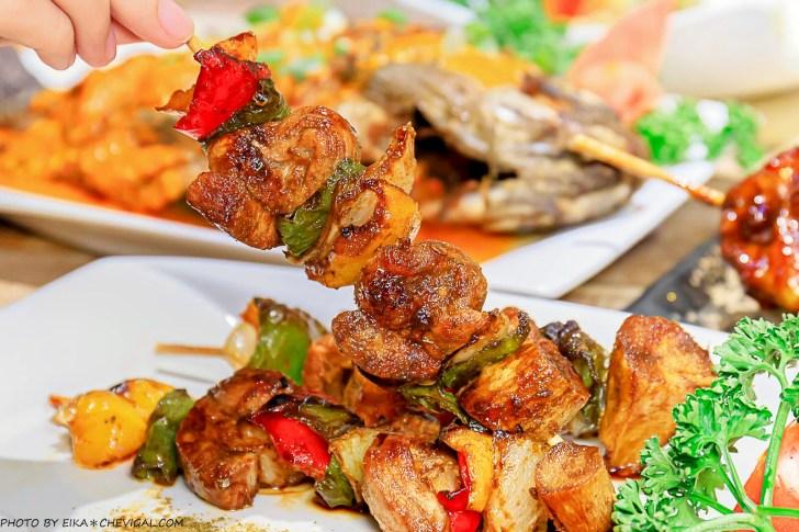 20201230144201 76 - 熱血採訪∣台中南洋風味料理,這天來吃滿額就送鹽烤蝦!二樓還有隱藏包廂KTV和飛鏢機,包場也沒問題!