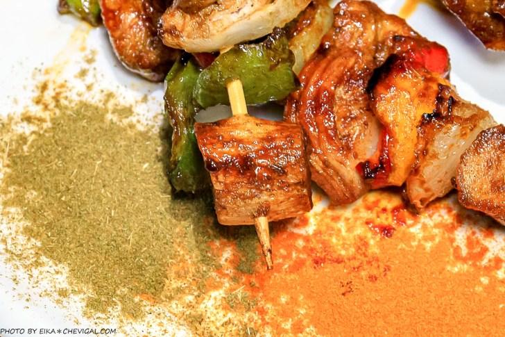 20201230144203 87 - 熱血採訪∣台中南洋風味料理,這天來吃滿額就送鹽烤蝦!二樓還有隱藏包廂KTV和飛鏢機,包場也沒問題!