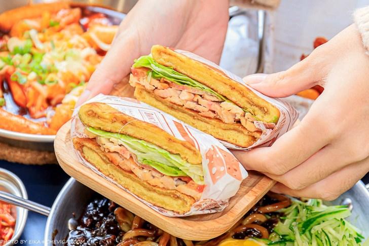 20210122180811 20 - 熱血採訪│懂滋咚吃韓風早午餐,台中少見韓式早午餐,創意黑糖餅漢堡、起司年糕串新推出,全天候都能吃得到!