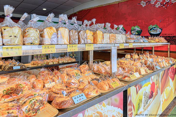20210227205435 76 - 據說是被麵包耽誤的炸雞店!炸雞肉質水嫩好吃,下午開賣人潮幾乎不間斷~